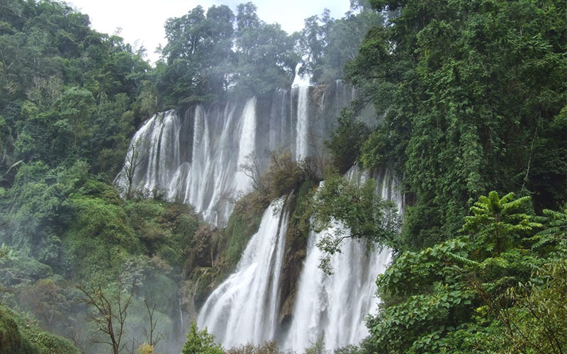 พาเที่ยวน้ำตกที่สวยที่สุดในเมืองไทย